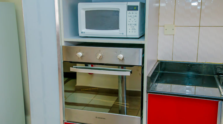 fully-equiped Kitchen